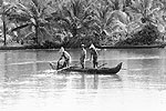 kerala-backwaters-fishermen-T
